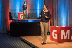 Ulrike Stahl - Keynote Speaker fuer Zusammenarbeit - Buehnenfoto