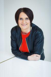 Ulrike Stahl verhilft Ihnen zur Spitzenleistung in der Zusammenarbeit. Sie bietet Organisationsdesign, Organisationsentwicklung, Fuehrungskräfteentwicklung und Teamentwicklung